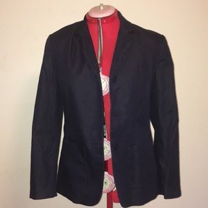 Limited blue blazer with three button closure